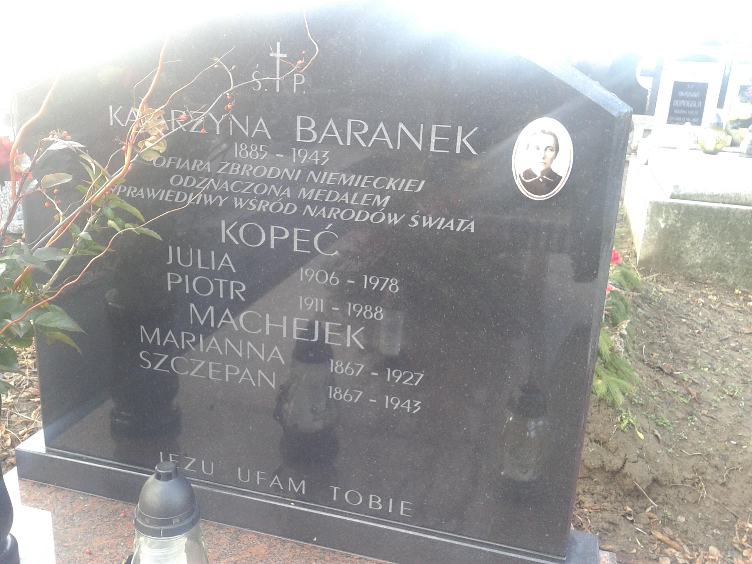przeniesiony grob pradziadkow Szczepana i Marianny Machejkow _Miechów